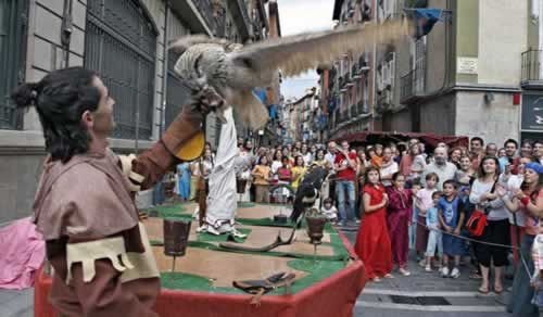Mercados de los tres burgos en Pamplona, Navarra